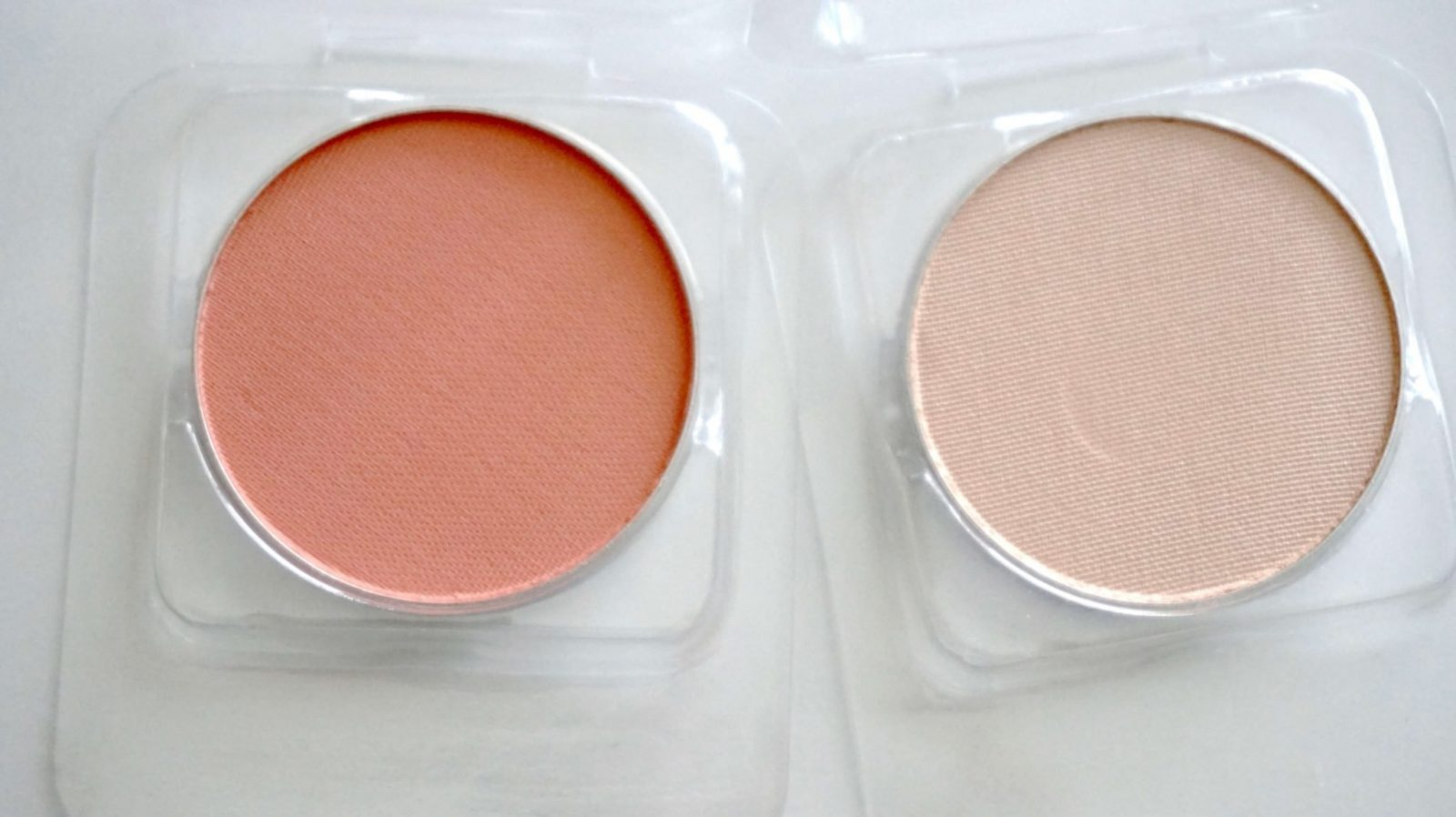 Peach Petal Blush and Pow! Highlight Duo Products